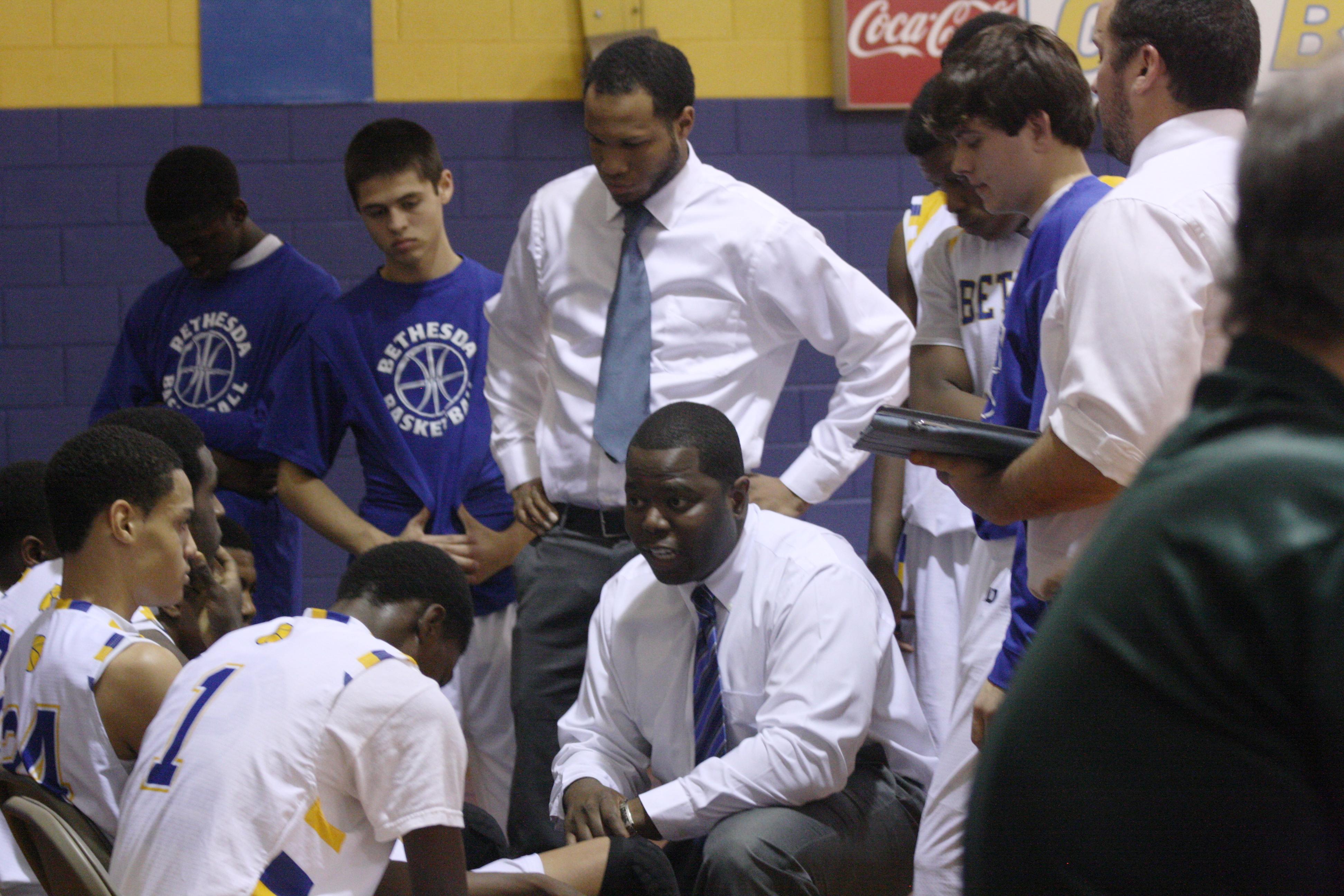 2014 Basketball huddle