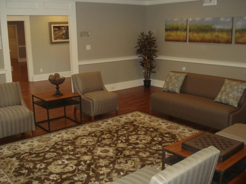 Cottage interior - Alumni living room